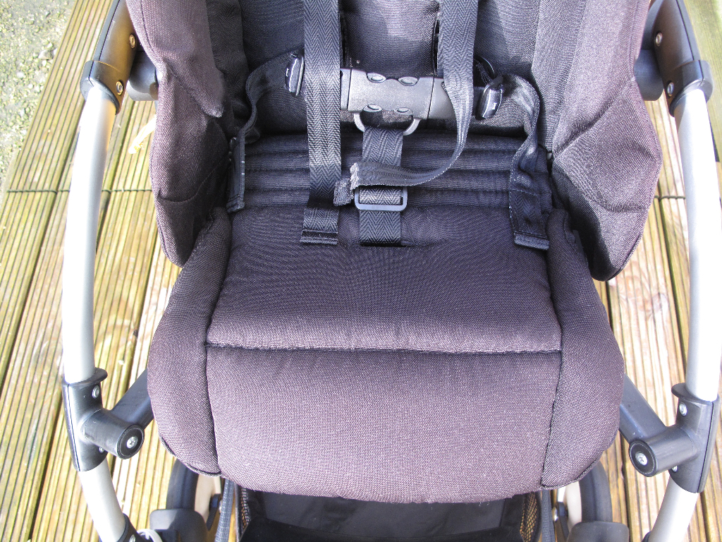 Bugaboo Bee Seat After (steam cleaned)