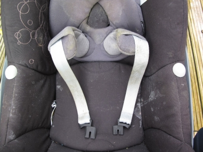 Maxi-Cosi infant car seat before clean