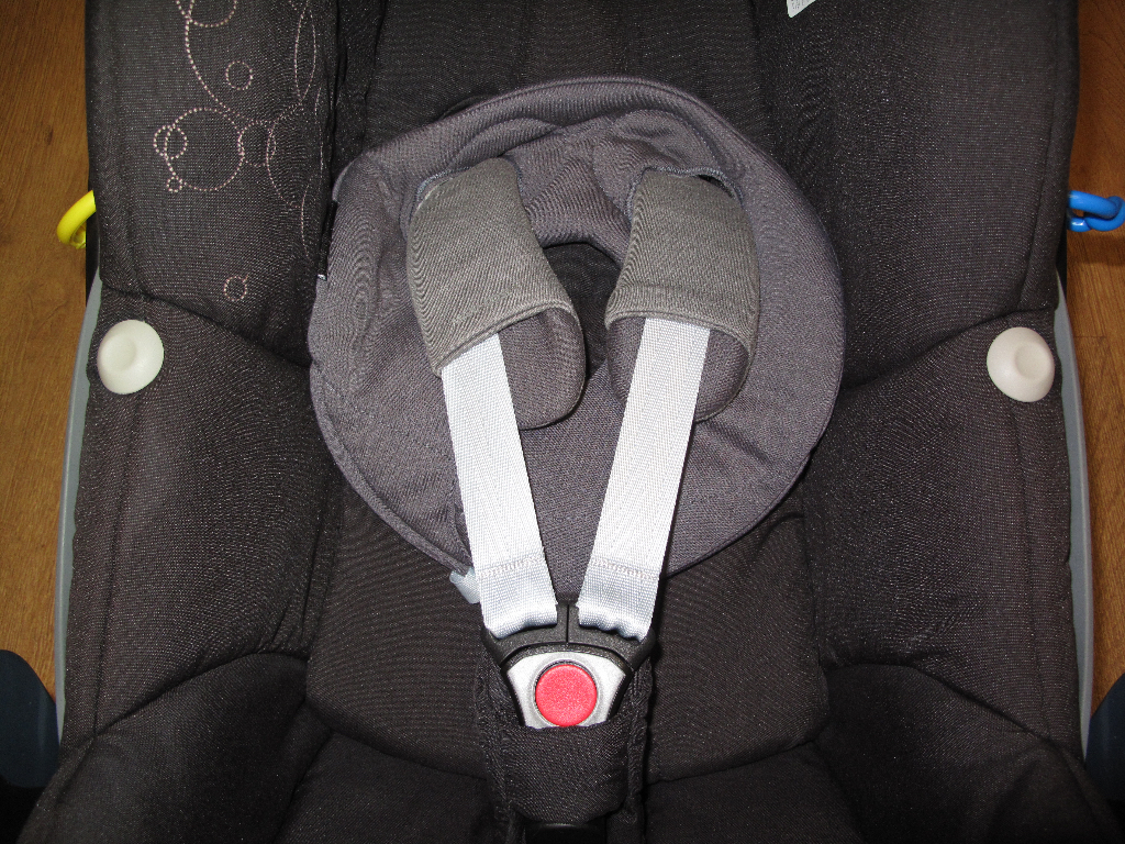 Maxi-Cosi infant Car Seat after clean