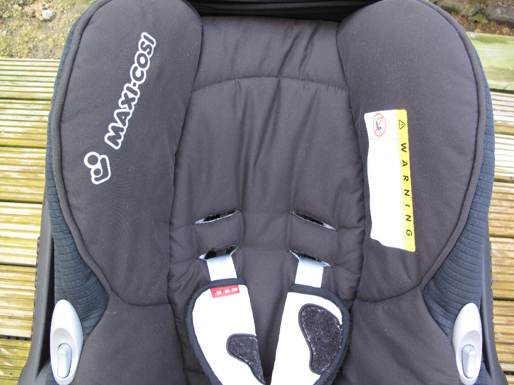Maxi-Cosi infant car seat before steam clean